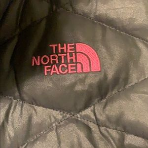 The North Face Jackets & Coats - North Face black puffer vest